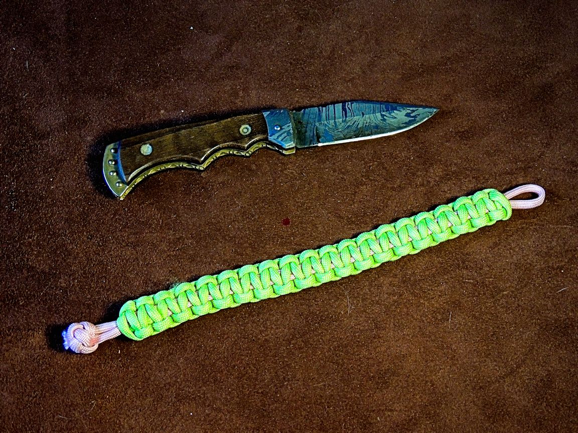 paracord bracelet mad max style for girls � no buckles
