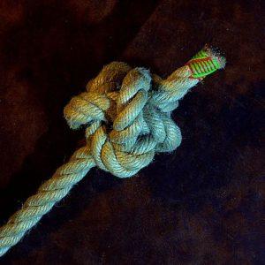 Single Strand Diamond Knot